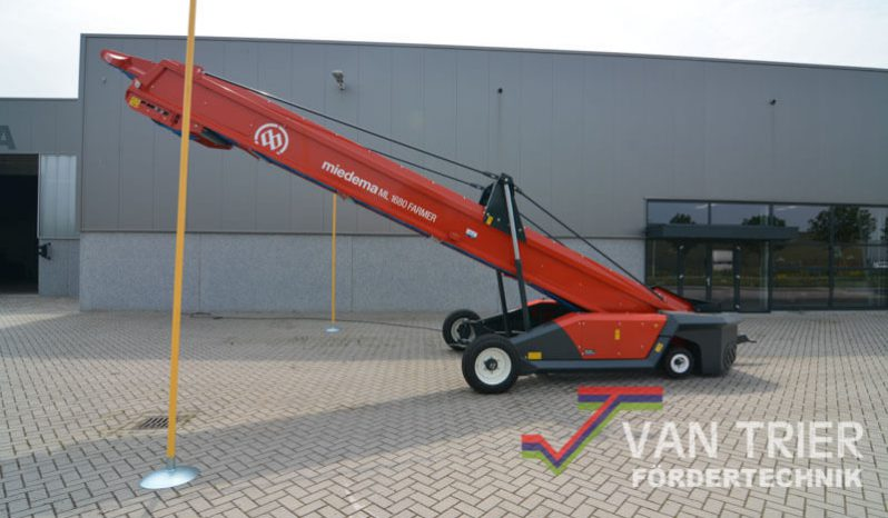 Miedema Hallenvuller ML1680 Farmer vol