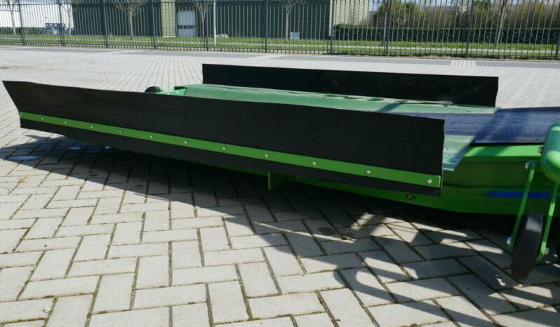 Breston 8-100 treinwagon losser vol