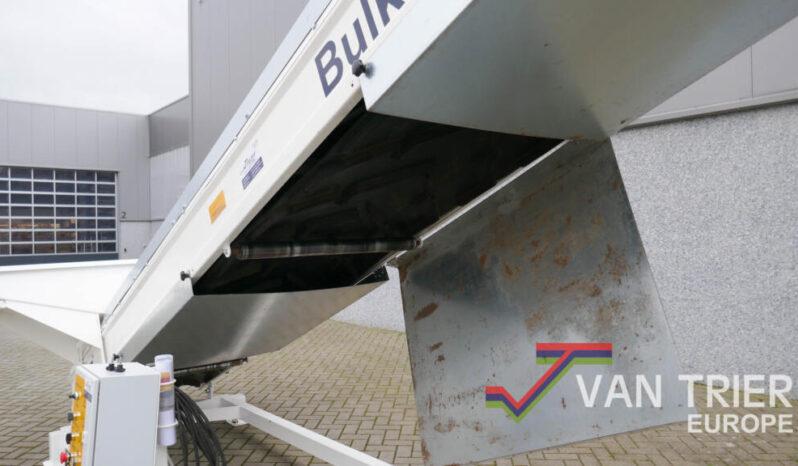 Van Trier Bulk Truck Loader / Silowagenbelader vol
